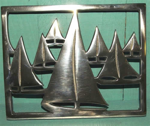 Racing yacht design trivet